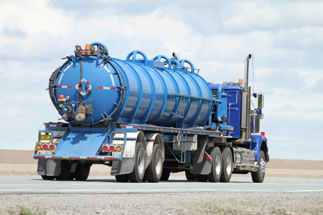 4 Valuable Tips for Buying a New Septic Pump Truck